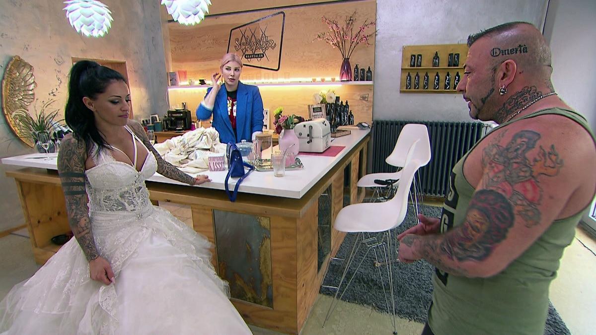 Fabrizio Sieht Jj In Ihrem Brautkleid Video Berlin Tag Nacht Rtlzwei