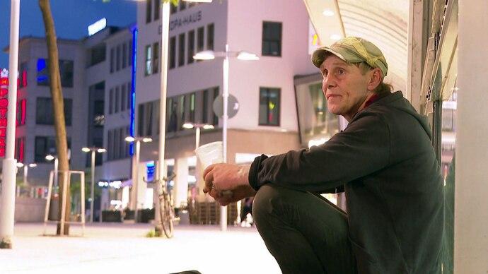 Freddy (60) ist ebenfalls drogenabhängig