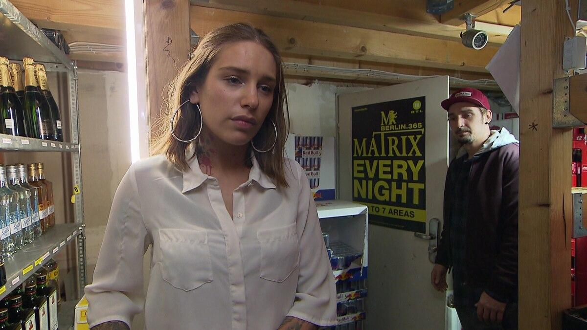Milla wirft ihren Ehering weg (Video) - Berlin - Tag & Nacht - RTLZWEI