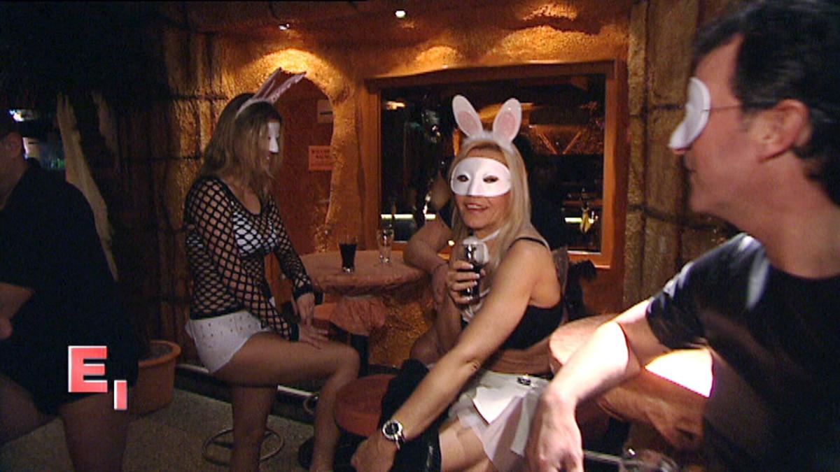 Ach, Du dickes Ei! - Ostern im Swingerclub - EXKLUSIV
