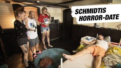 Best-of Folge 1778 - Schmidtis Horror-Date: Schmidti will unbedingt bei Selma landen. Dafür lädt er sie nach dem Sushi-Debakel...