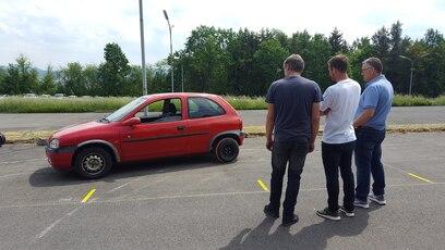 Vorschau: Driften für wenig Geld? (Folge 452): Driften für wenig Geld? Die GRIP-Testfahrer Niki Schelle und Gerrit Behage machen's vor...
