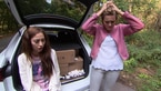Trailer: Elli und Leonie in Schwieirgkeiten!
