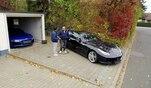 Neuer Auftrag für Luxusauto-Händler Hamid Mossadegh. Für einen Kunden...
