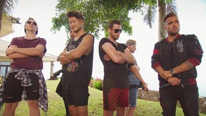 Die Jungs sind on fire: Nun dürfen auch die Jungs ran und zeigen, wie sie die Challenge als große Boy-Band...