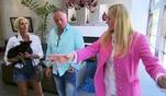 Prinz Alexander und seine Freundin Justine sind auf der Suche nach einem neuem Heim in...