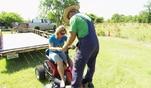 Die Reimanns: Manus erstes Mal auf dem Rasenmäher