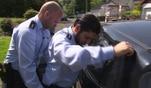 Ein junger Mann gibt sich als Polizist aus. Die Cops erkennen den Betrug sofort und...