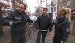 Die Wache Hamburg: Skurrille Messerattacke