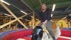 Silvia beim Bull-Riding