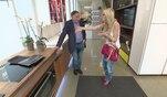 Lugner und Cathy - Der Millionär und das Bunny: Best of: Viel zu tun in der Lugner-Villa