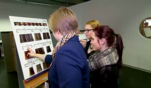 """Sabine Wilms und Oliver Nagel von der """"Hairothek"""" in Amberg suchen einen..."""