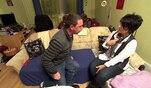 Andreas und Sandra sind mit sich, der Welt und der Sauberkeit der Wohnung mehr als...