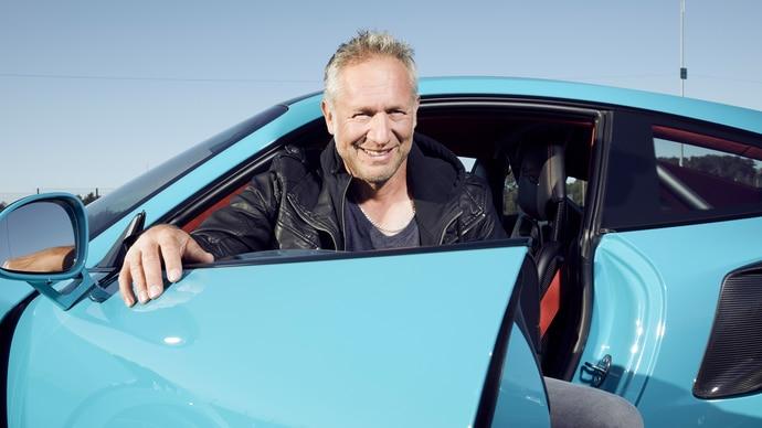 grip-das-motormagazin-2019-nikki-schelle-q-teaser.jpg