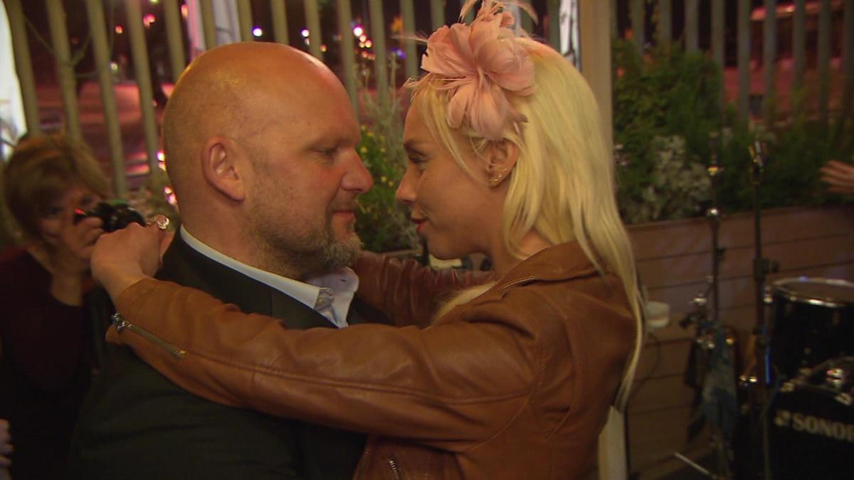 Peggy Und Joe Auf Der Hochzeitsfeier Video Berlin Tag Nacht Rtlzwei